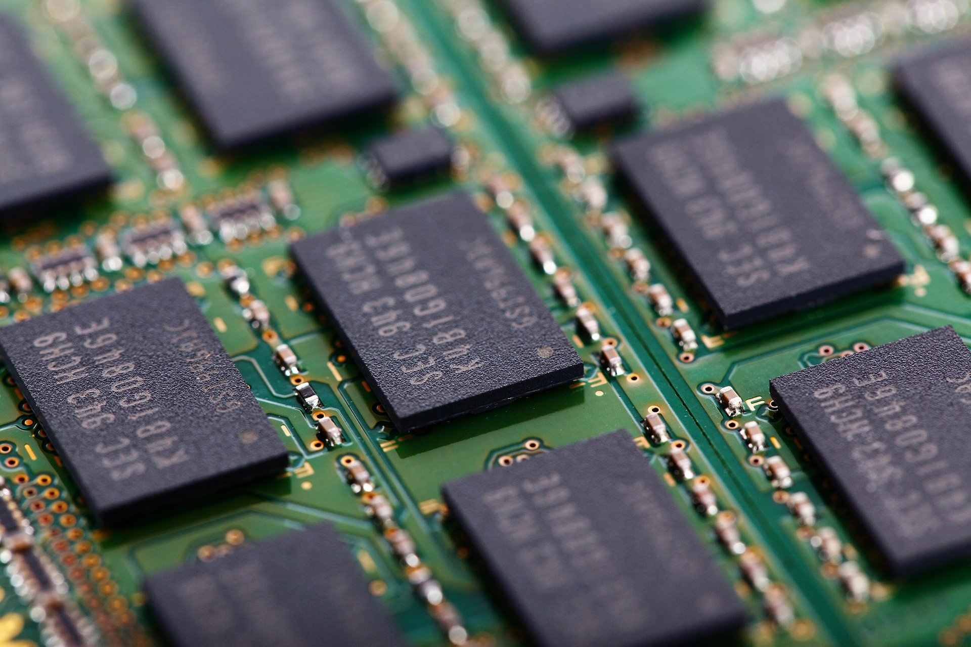 A close-up of the kind of chips featured in the semiconductor shortage
